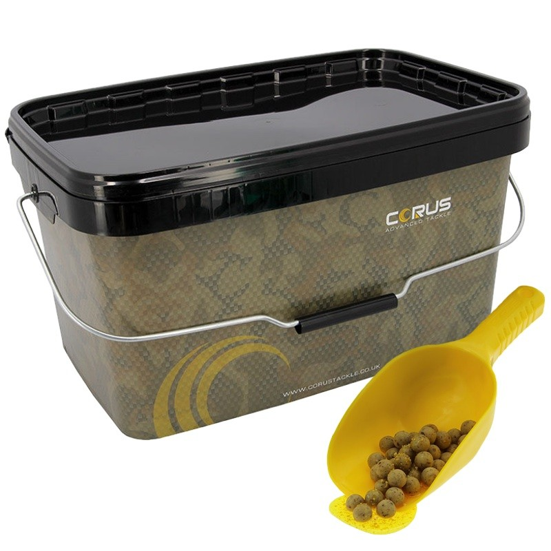 Corus 12.5l Bucket And Mix-R Spoon Set